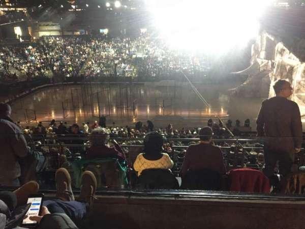 Nationwide Arena, sección: C4, fila: B, asiento: 4