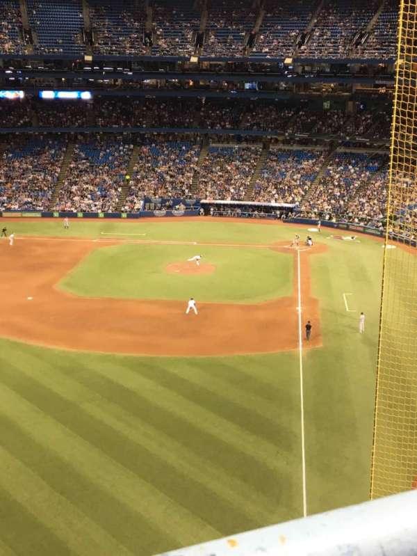 Rogers Centre, sección: 539R, fila: 1, asiento: 2