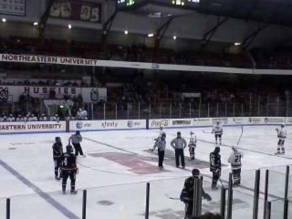 Matthews Arena, sección: 10, fila: E, asiento: 12