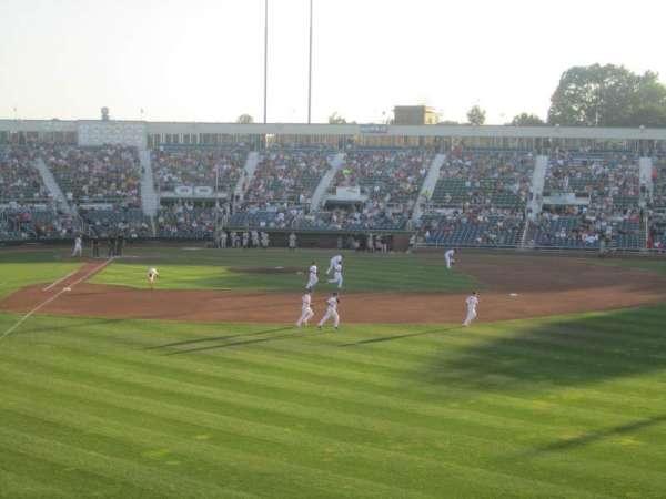 Hadlock Field, sección: 502, fila: E, asiento: 6