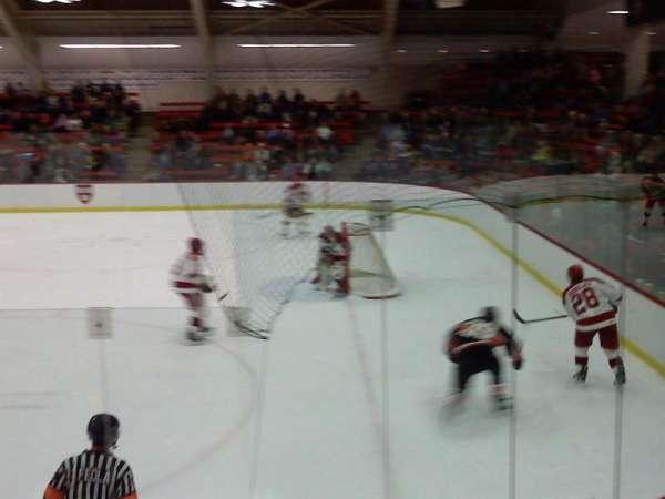 Bright-Landry Hockey Center, sección: 1, fila: H, asiento: 14