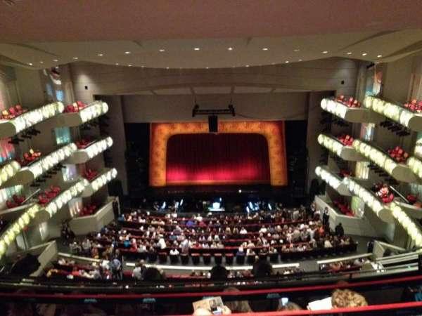 Kauffman Center for Performing Arts, sección: 3, fila: GZ, asiento: 117