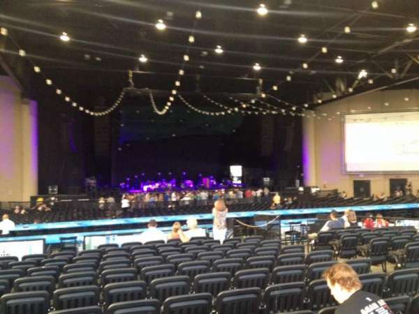 Cellairis Amphitheatre at Lakewood, sección: 205, fila: PP, asiento: 7
