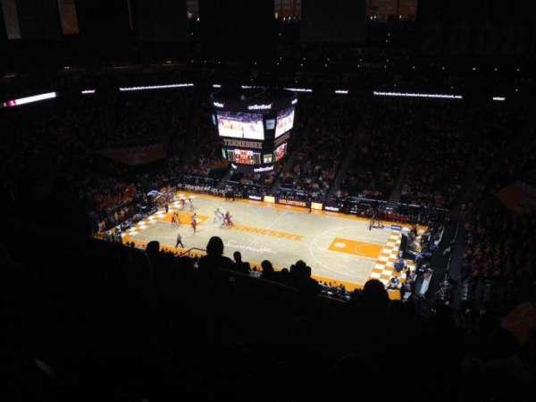 Thompson-Boling Arena, sección: 318, fila: 20, asiento: 10