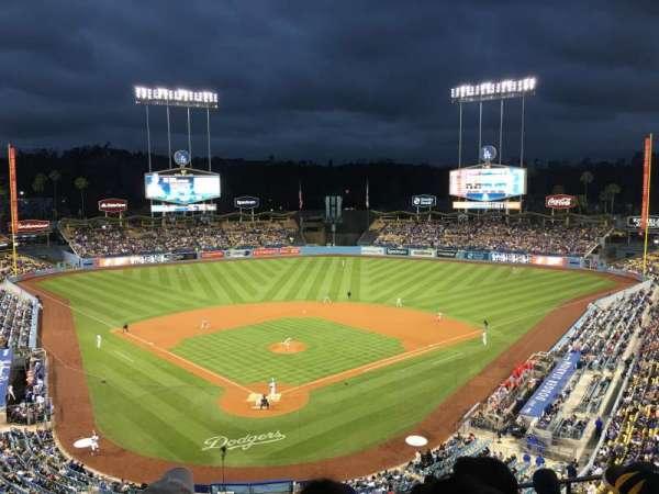 Dodger Stadium, sección: 2RS, fila: G, asiento: 9