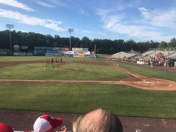 G. Richard Pfitzner Stadium, sección: L, fila: C, asiento: 5