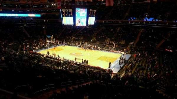 Madison Square Garden, sección: 213, fila: 1, asiento: 23