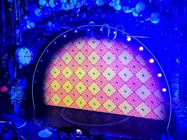 Palace Theatre (Broadway), sección: Mezz, fila: AA, asiento: 2