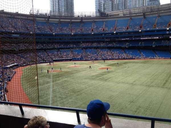 Rogers Centre, sección: 209L, fila: 3, asiento: 105
