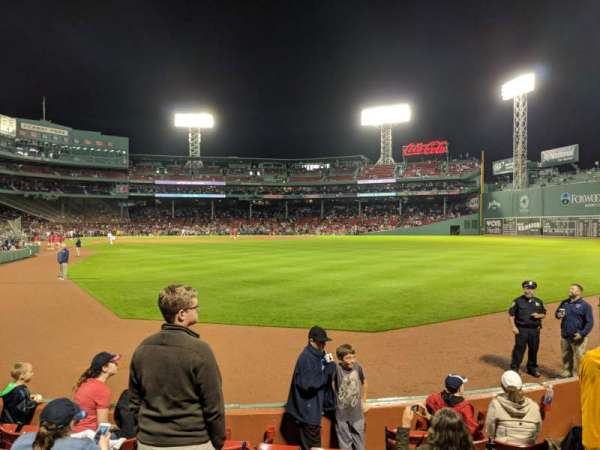 Fenway Park, sección: Right Field Box 2, fila: H, asiento: 6