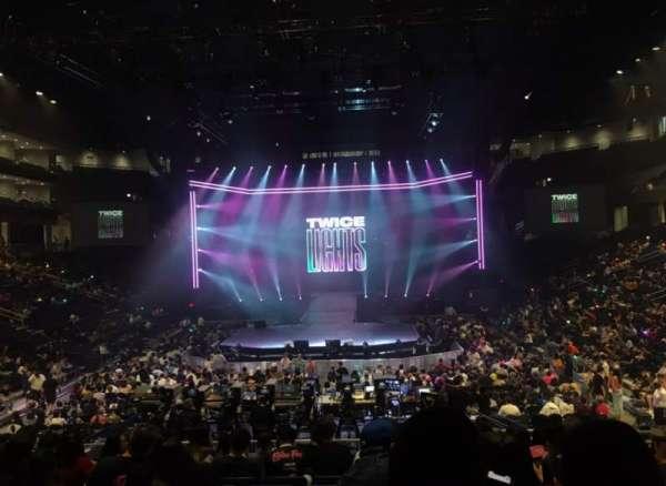 Wintrust Arena, sección: 102, fila: P, asiento: 5