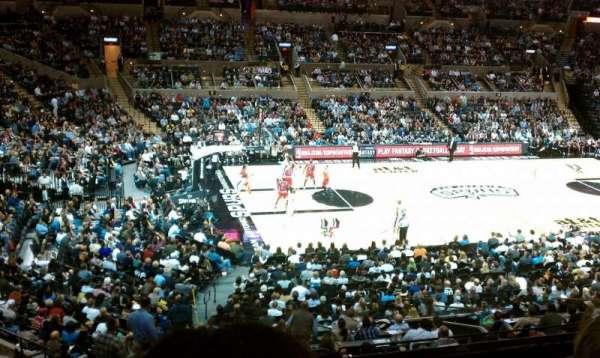 AT&T Center, sección: 124, fila: 30, asiento: 15
