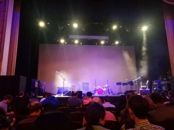 Lincoln Theatre, sección: Center ORCH, fila: F, asiento: 110