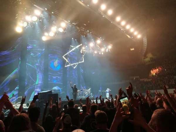 Hampton Coliseum, sección: Floor A, fila: 6, asiento: 17
