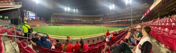Great American Ball Park, sección: 102, fila: B, asiento:  12