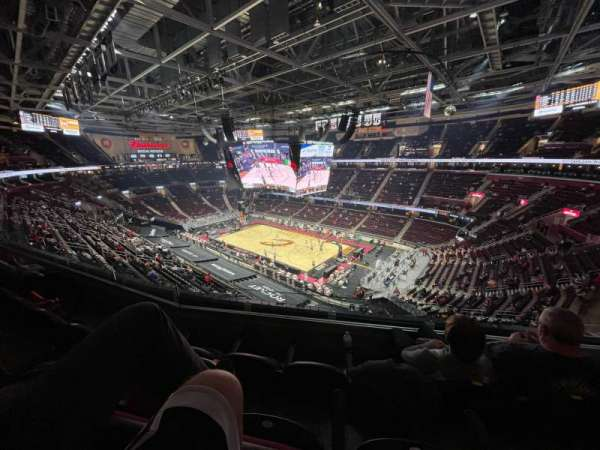 Rocket Mortgage FieldHouse, sección: 206, fila: 3, asiento: 2