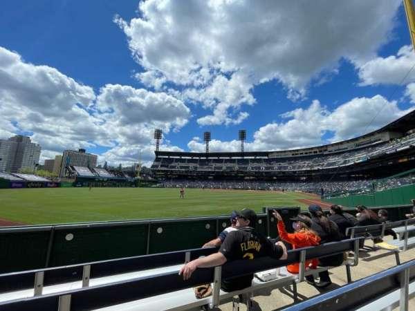 PNC Park, sección: 134, fila: D, asiento: 8
