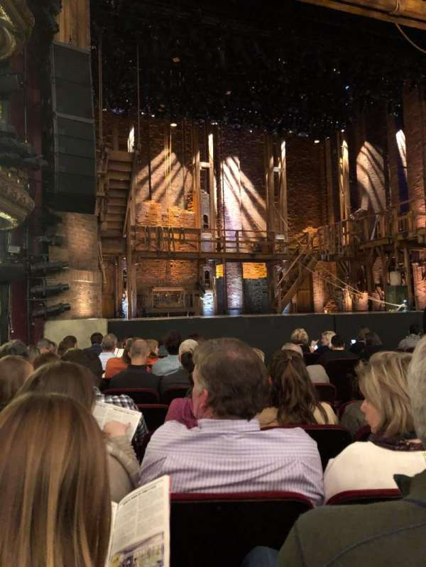 CIBC Theatre, sección: ORCH-L, fila: L, asiento: 15