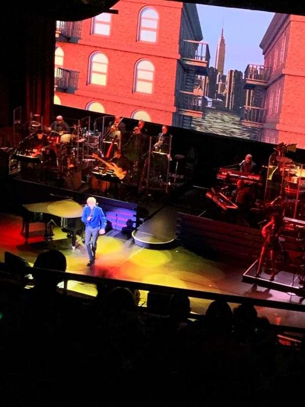 Lunt-Fontanne Theatre, sección: Rear Mezzanine R, fila: C, asiento: 2