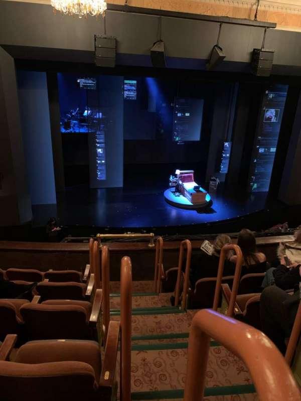 Music Box Theatre, sección: Mezzanine L, fila: F, asiento: 1