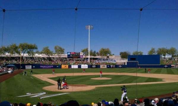 Maryvale Baseball Park, sección: 101, fila: T, asiento: 1