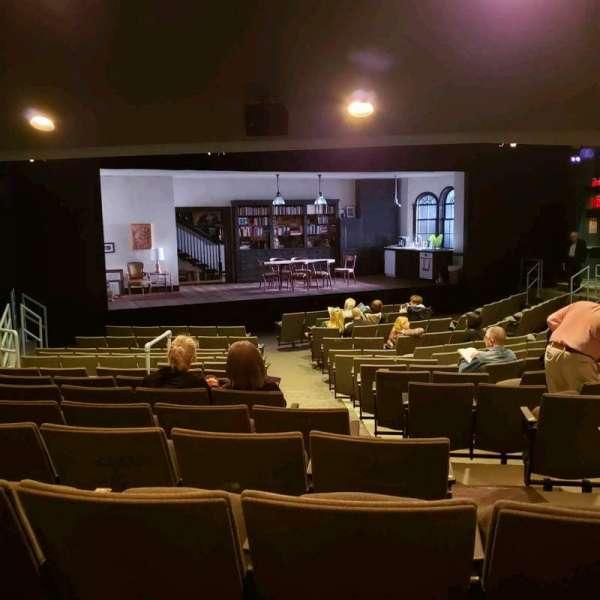 Laura Pels Theatre, sección: Orch, fila: Q, asiento: 5
