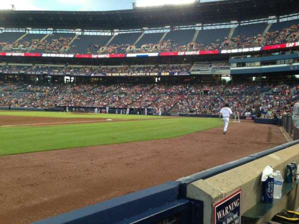 Turner Field, sección: 120, fila: 1, asiento: 1