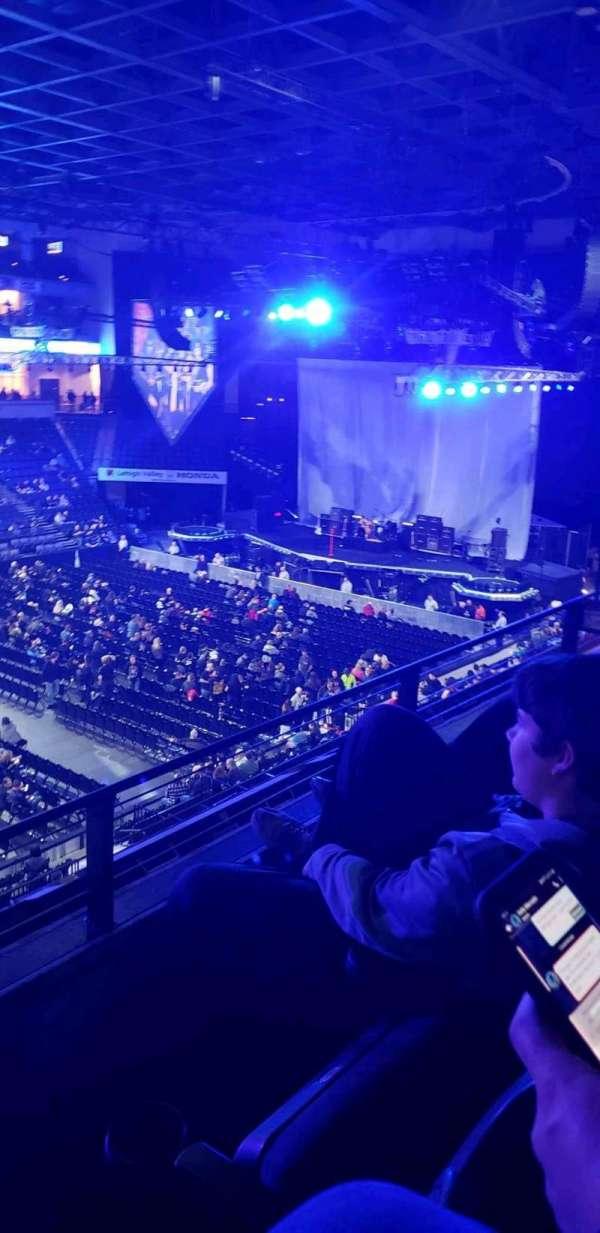 PPL Center, sección: 205, fila: 2, asiento: 8