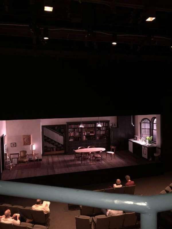 Laura Pels Theatre, sección: Mezz, fila: AA, asiento: 112
