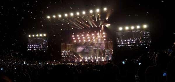 Staples Center, sección: 102, fila: 4, asiento: 7