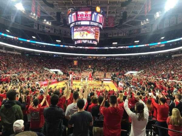 PNC Arena, sección: 126, fila: J, asiento: 4