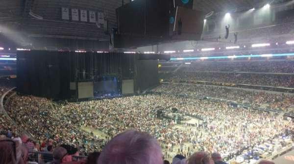 AT&T Stadium, sección: 328, fila: 14, asiento: 23