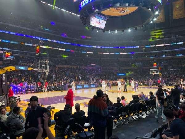 Staples Center, sección: 113, fila: 2, asiento: 5