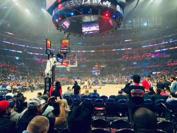 Staples Center, sección: 106, fila: G, asiento: 5