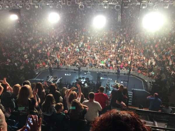 Mohegan Sun Arena, sección: 101, fila: J, asiento: 2