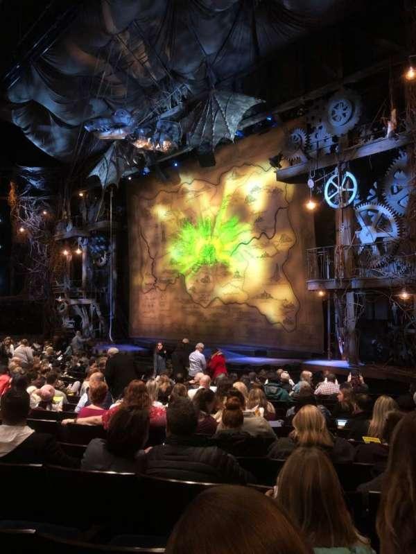 Gershwin Theatre, sección: Orchestra R, fila: L, asiento: 32