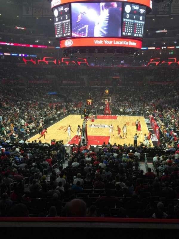 Staples Center, sección: 207, fila: 3, asiento: 6