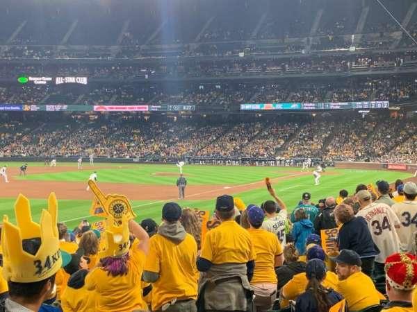 T-Mobile Park, sección: 146, fila: 18, asiento: 5