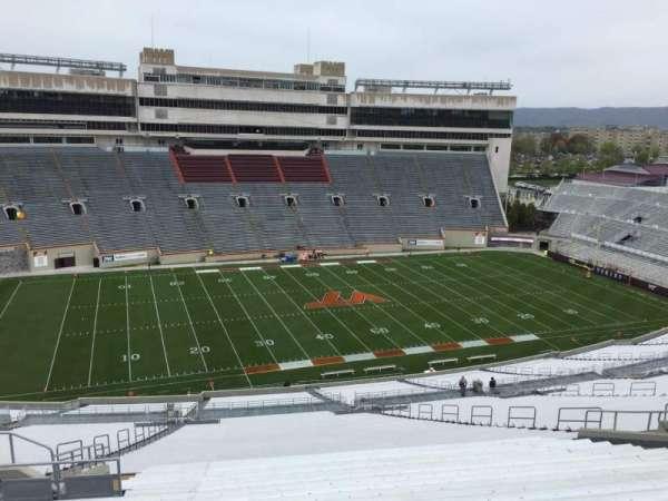Lane Stadium, sección: 35, fila: 4W, asiento: 20