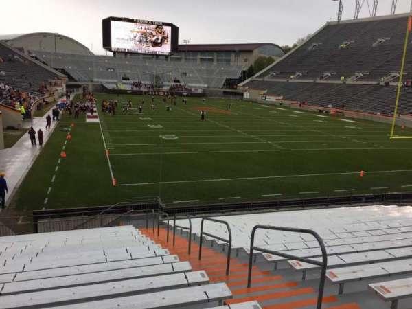Lane Stadium, sección: 105, fila: U, asiento: 3