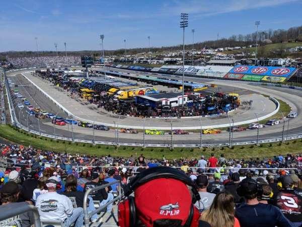Martinsville Speedway, sección: EE, fila: 38, asiento: 14