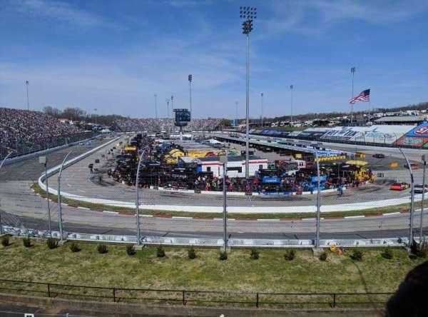 Martinsville Speedway, sección: SOUTH ANNEX - FF, fila: HC, asiento: 3C