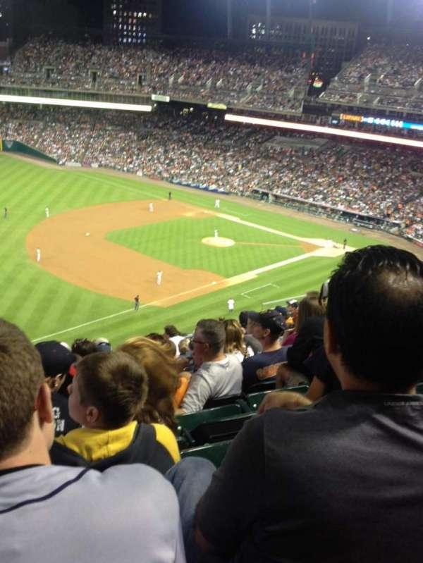 Comerica Park, sección: 339, fila: 12, asiento: 20