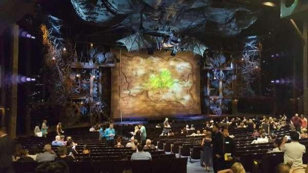 Gershwin Theatre, sección: Orchestra L, fila: V, asiento: 13