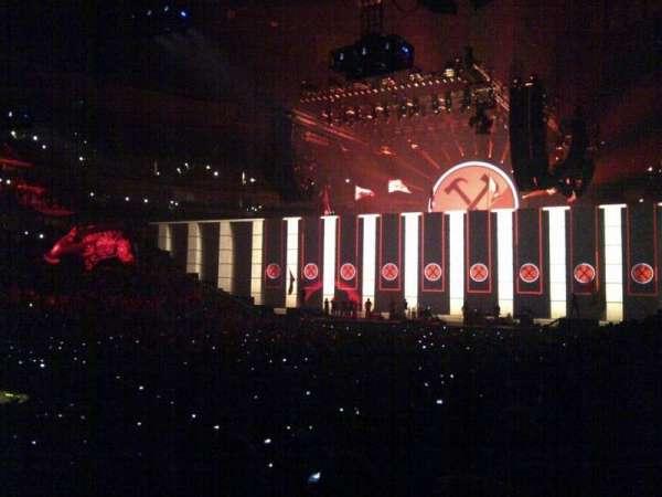 Pepsi Center, sección: 106, fila: 11, asiento: 16