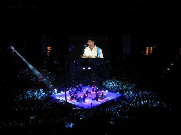 MGM Grand Garden Arena, sección: U213, fila: L, asiento: 10