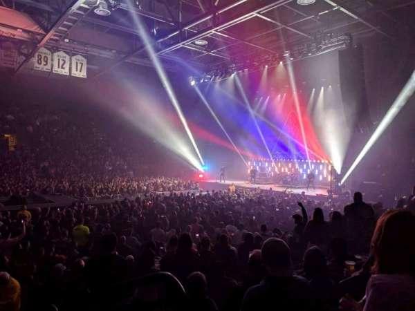 Budweiser Events Center, sección: F, fila: 9, asiento: 1