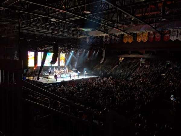 Budweiser Events Center, sección: P, fila: 16, asiento: 17