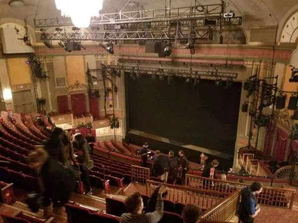 Neil Simon Theatre, sección: Mezzanine-Right, fila: O, asiento: 14