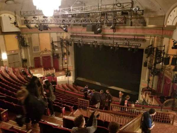 Neil Simon Theatre, sección: Mezzanine R, fila: O, asiento: 14